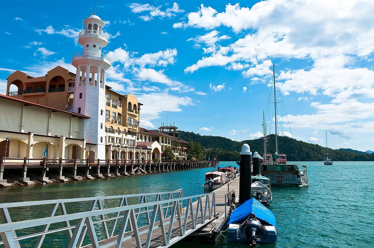 Holiday package deals 6d5n costa cruise to penang for Terrace 9 classic penang